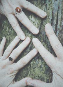 hands-samhain